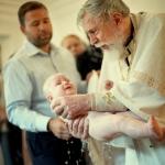 священник и крестница